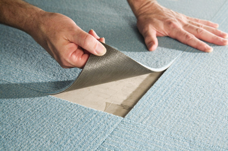 укладка ковровой плитки на пол