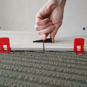Система выравнивания плитки