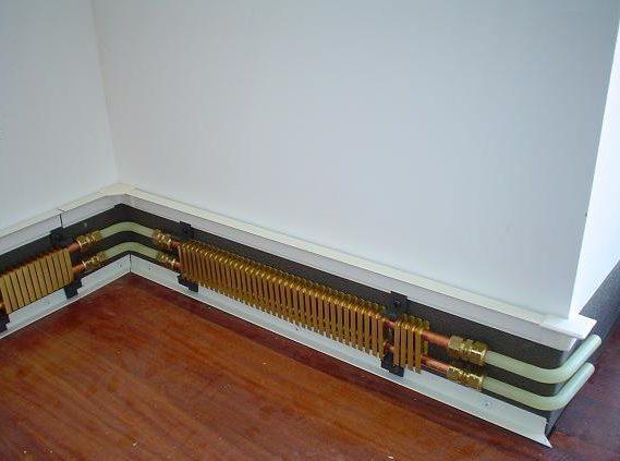 установка теплого плинтуса в углу