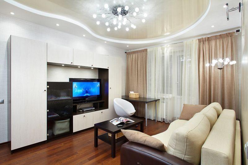 красивые подвесные потолки в гостиной